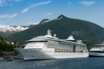 Looking for a Free Cruise?